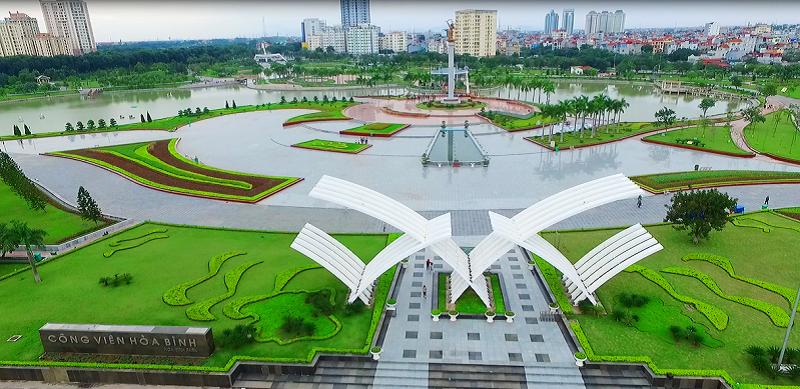 Công viên Hòa Bình cạnh dự án N02 - T1 kdt Ngoại Giao Đoàn