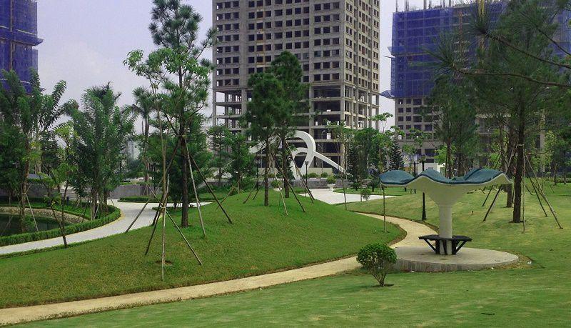 Công viên trong kdt Ngoại Giao Đoàn