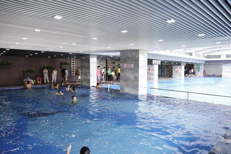 Bể bơi bốn mùa Riverside Garden 349 Vũ Tông Phan