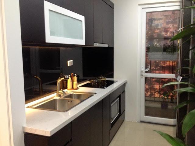Phòng bếp căn hộ mẫu dự án Star Tower 283 Khương Trung