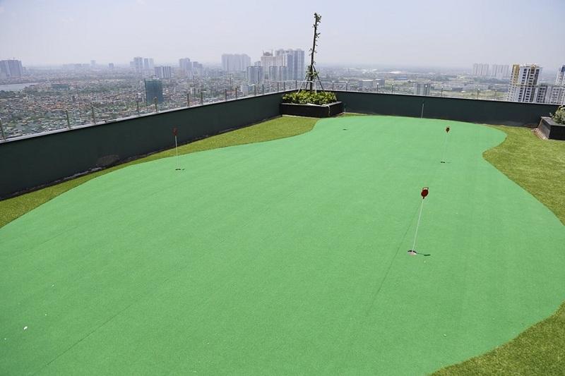 Sân tập golf Riverside Garden 349 Vũ Tông Phan
