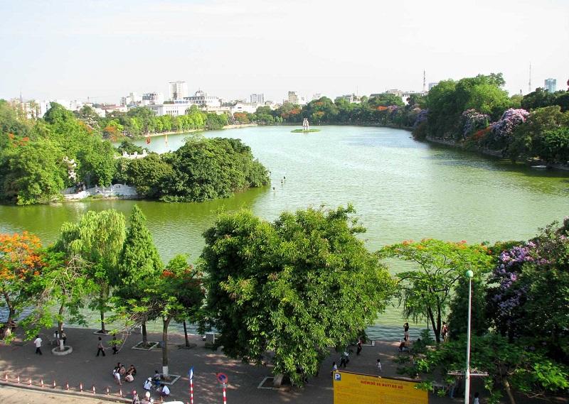 Hồ Hoàn Kiếm gần chung cư San Raffels 22-24 Hàng Bài