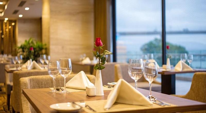 Nhà hàng khách sạn A La Carte Hạ Long Quảng Ninh
