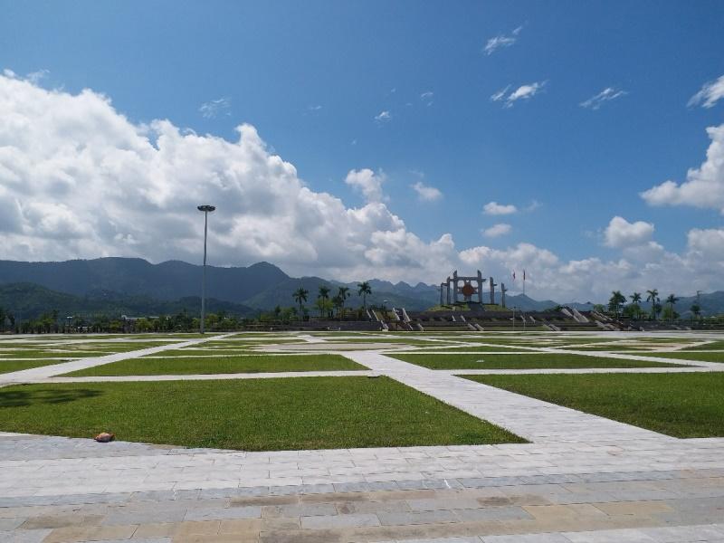 Quảng trường trung tâm gần dự án Khu dân cư Bắc Trần Hưng Đạo SUDICO