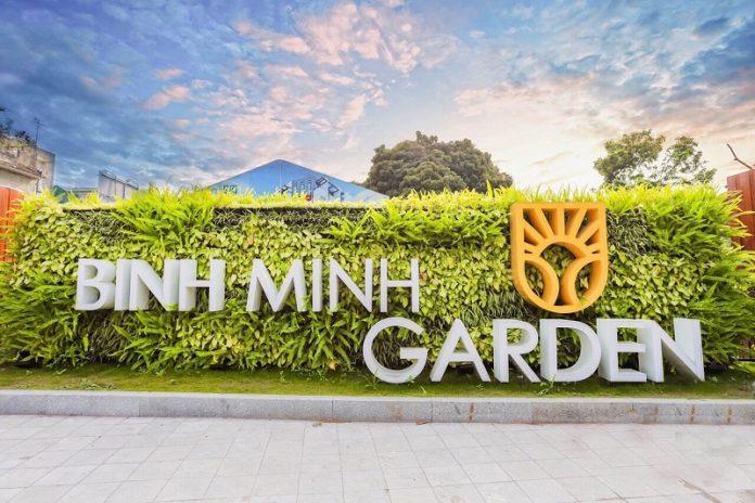 Cổng dự án Shophouse Bình Minh Garden 93 Đức Giang