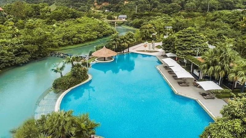 Bể bơi Xanh Villas Resort Hòa Lạc