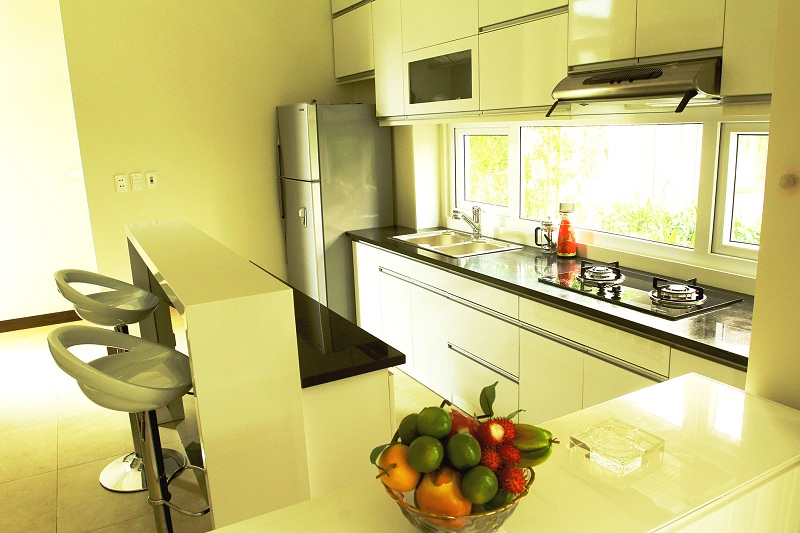 Bếp biệt thự Xanh Villas Resort Hòa Lạc