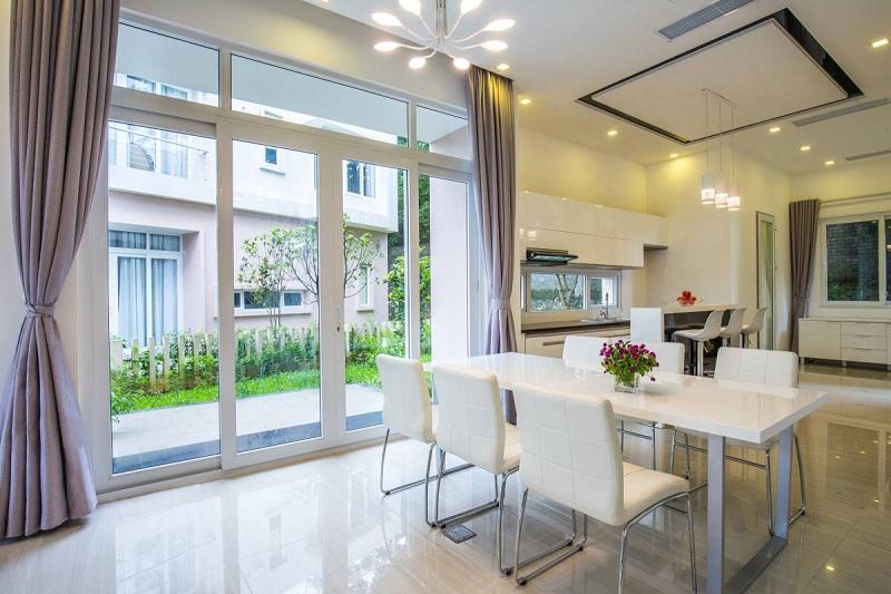 Phòng ăn biệt thự Xanh Villas Resort Hòa Lạc