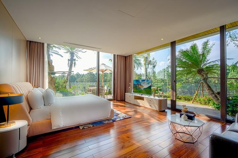 Phòng ngủ 1 dinh thự Legend Mansion Flamingo Đại Lải Resort