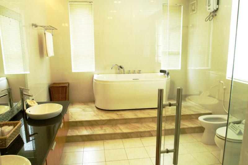 WC Biệt thự Xanh Villas Resort Hòa Lạc