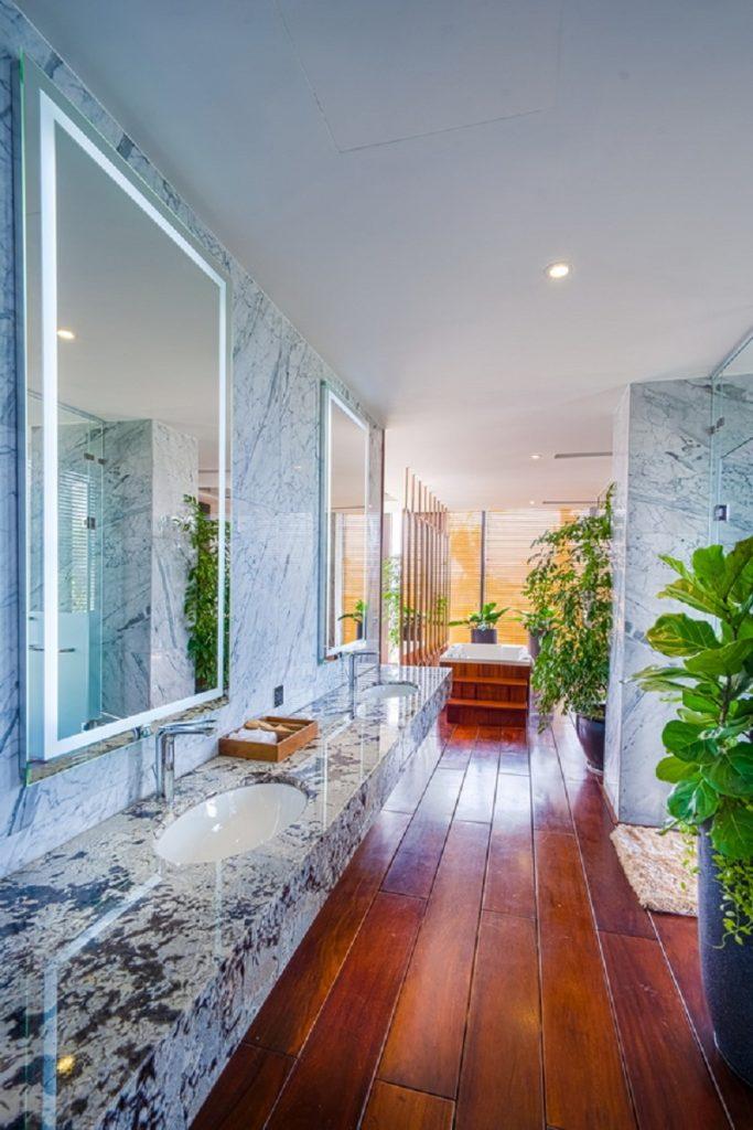 WC dinh thự Legend Mansion Flamingo Đại Lải Resort