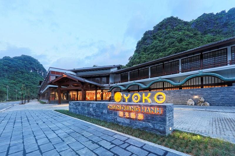 Cổng vào Yoko Onsen Quang Hanh Sungroup Quảng Ninh