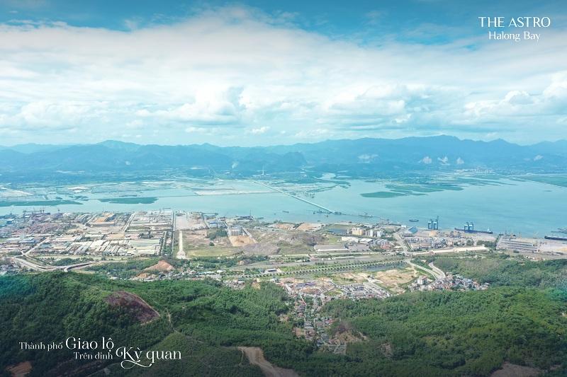 View Vịnh Hạ Long và Vịnh Cửa Lục từ dự án The Astro Hạ Long Bay - Bãi Cháy